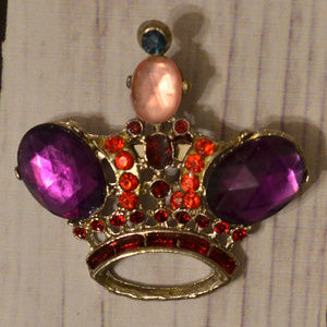 vintage rhinestone crown brooch pin purple red
